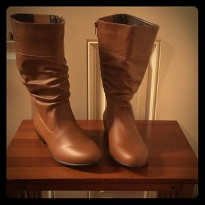GENUINE Leather Wide Mid Calf Boots Size 8W NWT